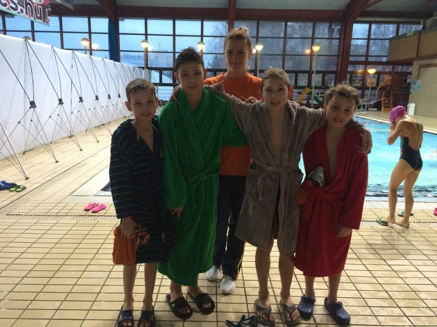 Korosztályos úszóverseny, Székesfehérvár
